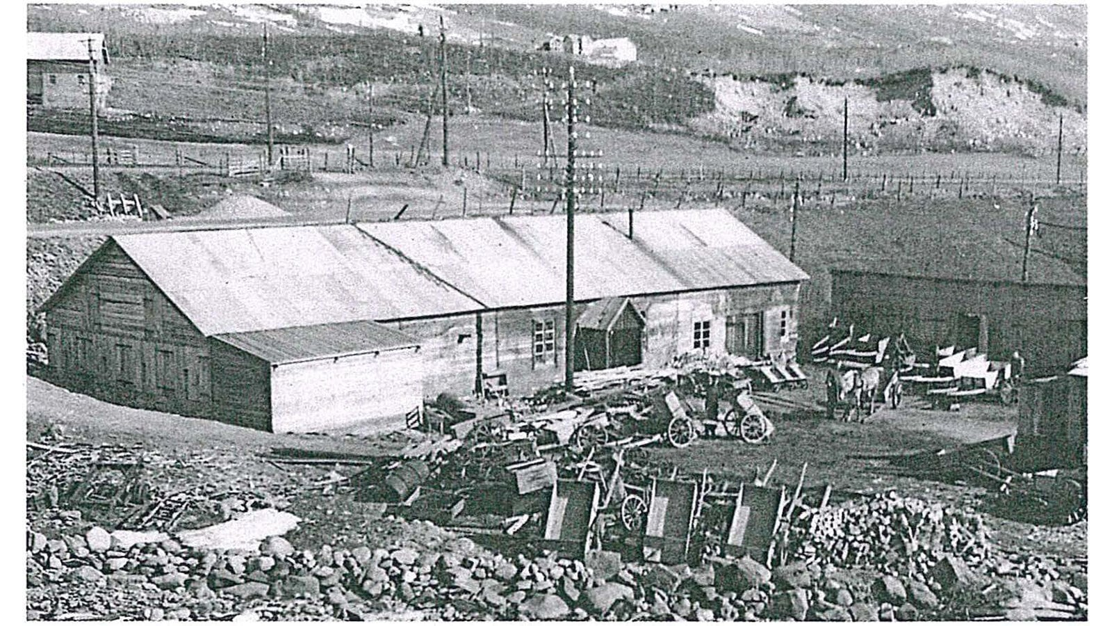 https://www.brusletto.no/pub_docs/files/Bruslettoer125år/Fabrikken-rundt-1930_169.jpg